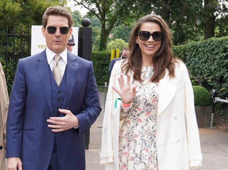 Tom Cruise & Hayley Atwell Reportedly Call It Quits, Costars Still Working Together To Finish Plagued Production 'Mission: Impossible 7'